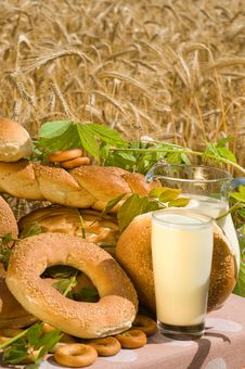 Free Bread And Milk. Stock Photography - 10065782