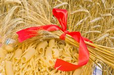 Free Macaroni, Noodles, Wheat Ears. Royalty Free Stock Photos - 10066048