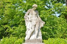 Free Statue, Sculpture, Monument, Classical Sculpture Royalty Free Stock Image - 100626026