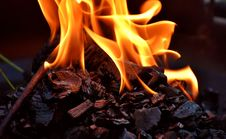 Free Flame, Fire, Campfire, Heat Stock Photos - 100633653