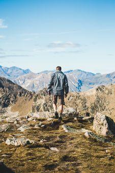 Free Mountainous Landforms, Mountain, Sky, Wilderness Stock Photography - 100646362