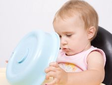Free Lttle Baby Sitting And Playing Stock Photos - 10073133