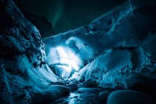 Free Blue, Water, Ice Cave, Ice Royalty Free Stock Image - 100703596