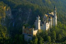 Free Nature, Mountain Village, Landmark, Château Stock Images - 100724294