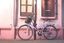 Free Bicycle, Land Vehicle, Road Bicycle, Bicycle Wheel Royalty Free Stock Photography - 100725767