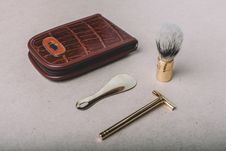 Free Vintage Barber Tools Royalty Free Stock Photos - 100759478