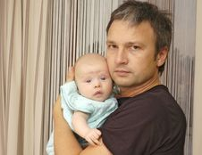 Free Baby With Father Royalty Free Stock Photos - 10081598