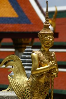 Free Golden Thai Angel Statue Stock Photography - 10083772