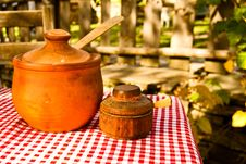 Free Pottery Pots Royalty Free Stock Image - 10085546