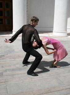 Free Romantic Dancing Stock Image - 10088031