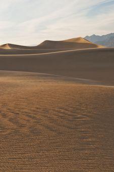 Free Sand Dunes At Sunset Royalty Free Stock Image - 10088426