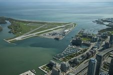 Free Airport View From CN Tower Royalty Free Stock Images - 10089439