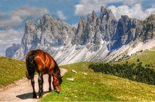 Free Mountainous Landforms, Mountain, Nature, Wilderness Stock Image - 100832481
