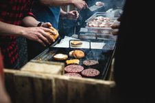 Free Beef Burger Barbeque Stock Images - 100885124