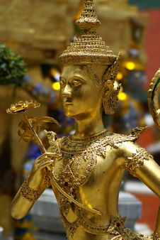 Free Golden Thai Angel Statue Stock Image - 10095621