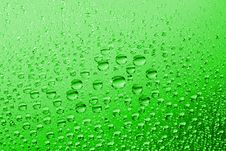 Free Green Water Drops Royalty Free Stock Photography - 10097317