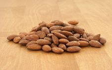 Free Pile Of Almonds Stock Images - 10099014