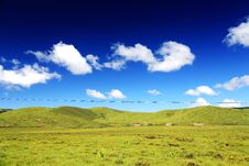 The Alpine Grassland Scenery On The Qinghai Tibet Plateau Stock Photos