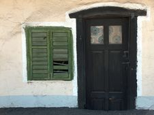 Free Small Door And Window Royalty Free Stock Photos - 1013698