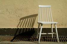 Free White Chair Royalty Free Stock Image - 1014376
