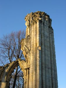 Ruined Church Pillar And Archway Stock Photography