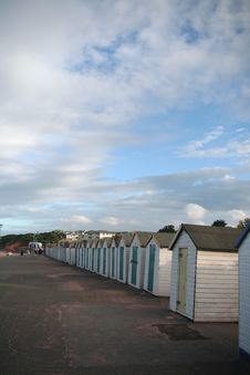 Free Line Of Beach Huts Royalty Free Stock Images - 1016309