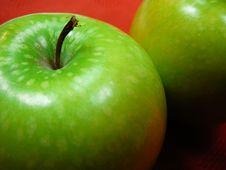 Free Granny Smith Apple Royalty Free Stock Photography - 1017307