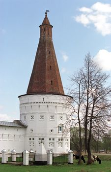Free Tower Voskresensk Royalty Free Stock Photo - 1018735