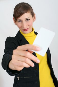 Woman With Blank Card Royalty Free Stock Photography