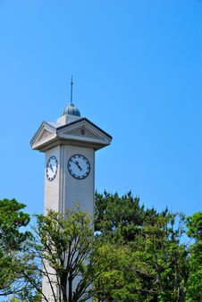 Free Majestic Clock Tower Royalty Free Stock Images - 10104079