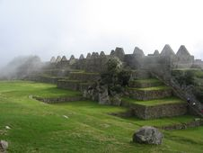 Free Machu Picchu Huts Under The Fog Royalty Free Stock Photography - 10106477