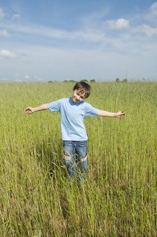 Free Boy In The Field Stock Photography - 10107042