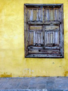 Free Old Window Stock Photography - 10108392