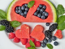 Free Natural Foods, Fruit, Superfood, Berry Royalty Free Stock Photography - 101013147