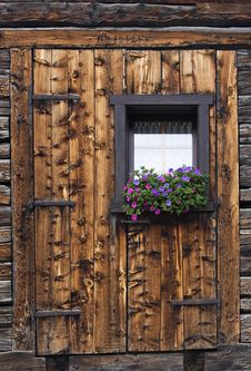 Free Window Royalty Free Stock Photography - 10112827