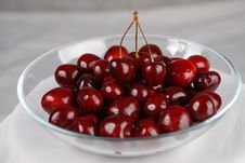 Free The Plate Of Cherry With The Berries By The Twins Stock Photos - 10118623
