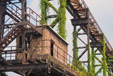 Free Iron, Structure, Tree, Girder Bridge Royalty Free Stock Images - 101155579