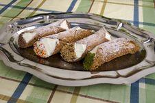 Free Cannoli Di Ricotta, Sicilian Pastry Royalty Free Stock Photos - 10120098