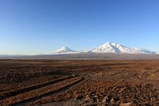Free Ararat Valley In Winter Royalty Free Stock Image - 10122806
