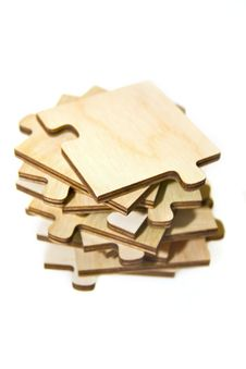 Free Wooden Puzzle Royalty Free Stock Photo - 10123915
