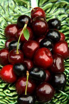 Free Sweet Cherries Stock Photography - 10124672