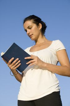 Free Reading A Book Stock Photos - 10125023