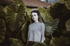 Free Nature, Leaf, Beauty, Girl Royalty Free Stock Images - 101220329