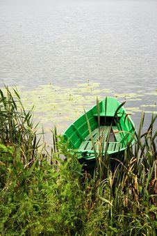 Free Small Green Boat Stock Photos - 10135413
