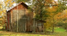 Free Wooden Tobacco Barn Stock Image - 10136291