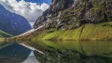 Free Water, Cloud, Sky, Mountain Stock Photos - 101321353