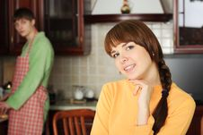 Free Couple On A Kitchen Royalty Free Stock Images - 10140869