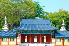 Free Front View Of Temple Architecture Royalty Free Stock Images - 10142059