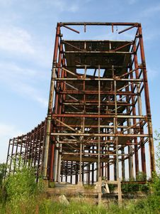 Free Abandoned Metal Construction Stock Image - 10143611