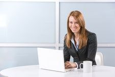 Free Business Woman On Laptop Royalty Free Stock Photography - 10144537